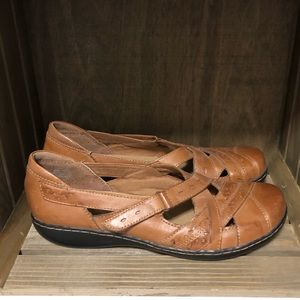 Clarks bendables Size 9.5N women's